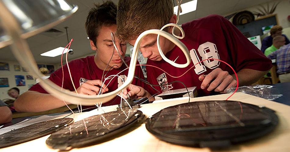 Okullarda Yenilenebilir Enerji Bölümleri