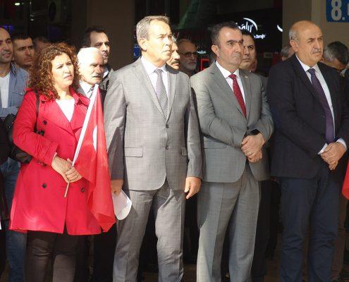 Cumhuriyet Bayramı 218 Hacı Demir, Nihat Sarayönü, Gülüşah Uçar