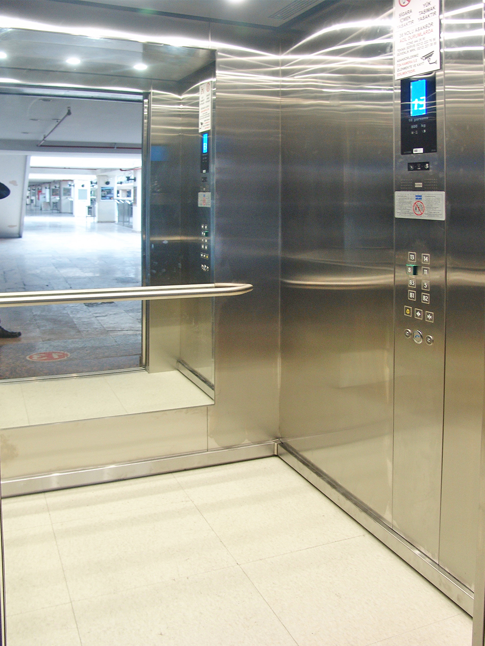 Asansörlerimiz Yenilendi
