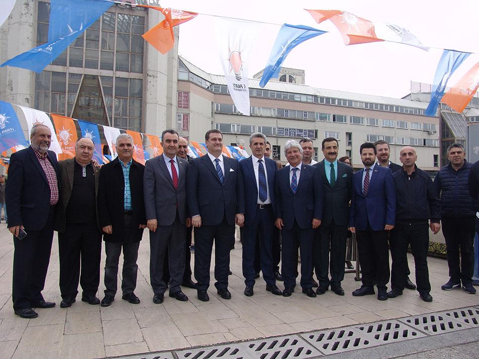 AKP Heyeti Perpa'yı Ziyaret Etti