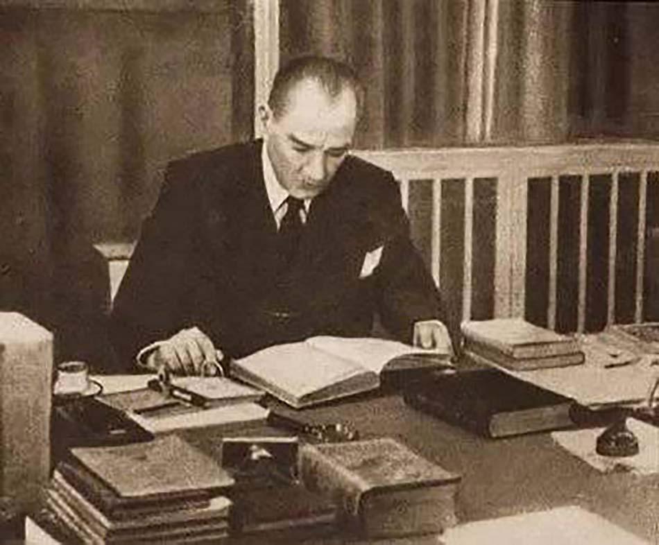Atatürk'ün Önerdiği Kitaplar
