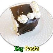 Yaş Pasta Muzlu Çikolatalı